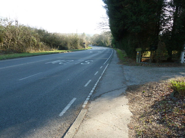 A272 south out of Scaynes Hill