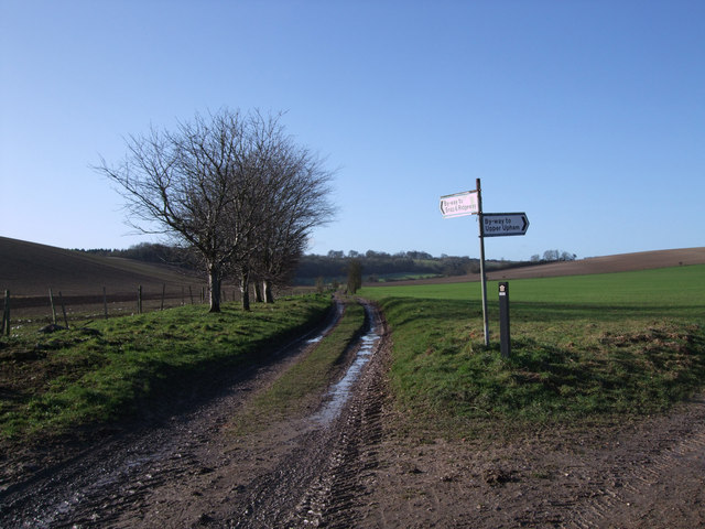 Signpost on byway to Lodge Lower Barn