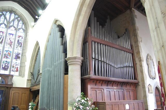 Organ in St Mary's church, Ashford