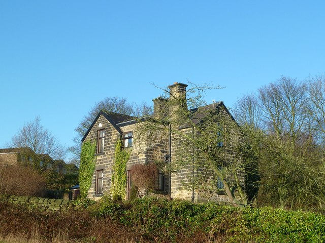 Detached house in Worrall