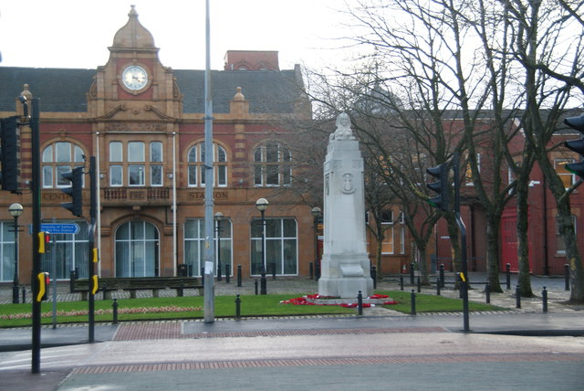 War memorial by Salford Crescent
