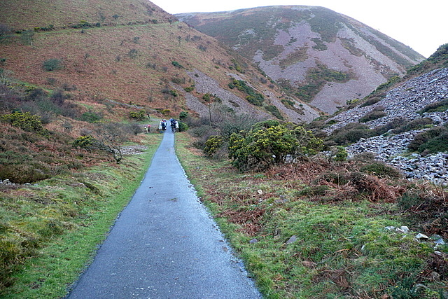 Track to the lighthouse