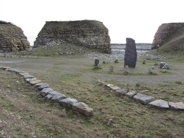 Obelisk and stone circle at Rhoose Point