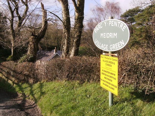 Meidrim village green sign