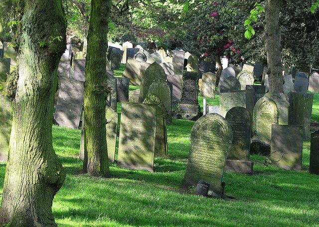 Nottingham General Cemetery in Spring