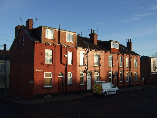 Houses off York Road (A64)