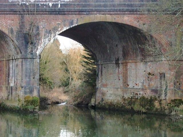 The old L&SWR bridge over the River Mole at Leatherhead