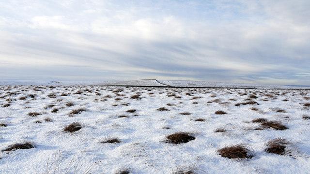 Snowed moorland along White Edge
