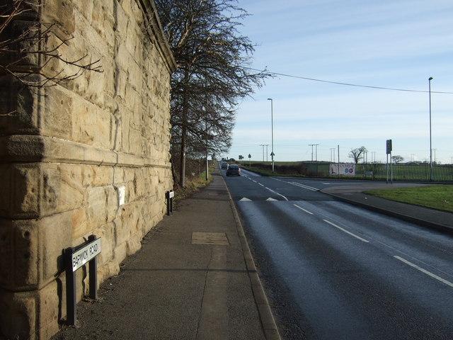 Barwick Road heading east
