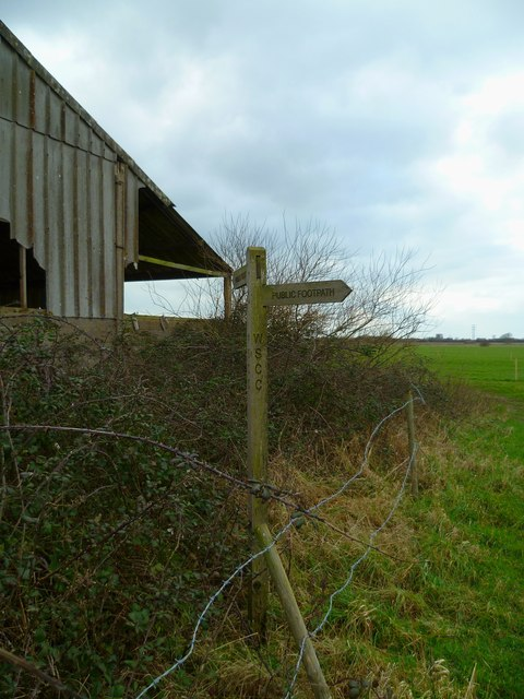 Footpath signpost at Ferry Farm