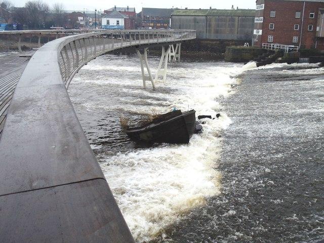 The sunken barge, Castleford Weir