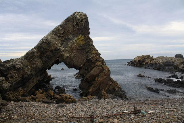 Loch Craig sea arch