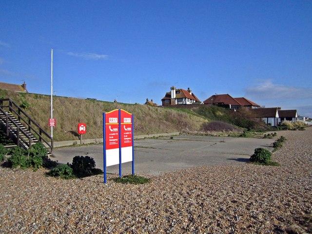 Beaulieu Green Beach Access