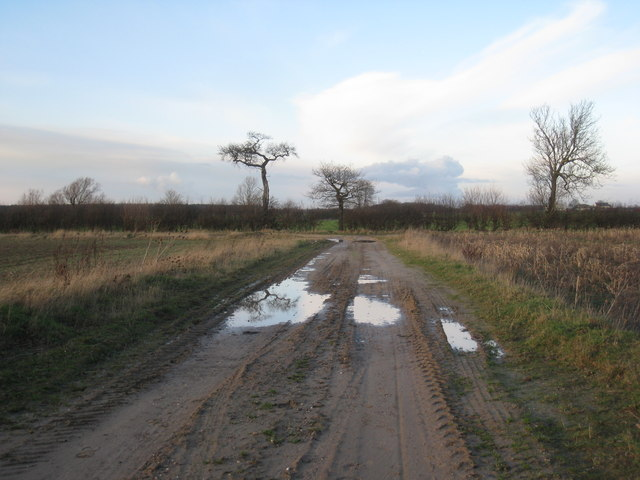 Junction at the end of Rugged Butts Lane