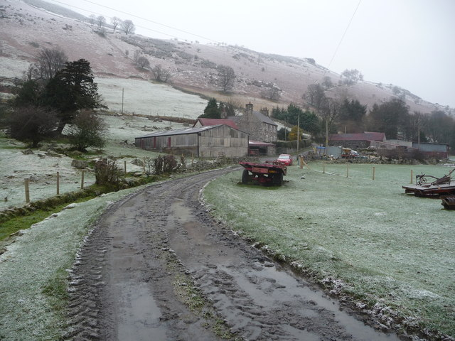 Tyn-y-wern farm in winter