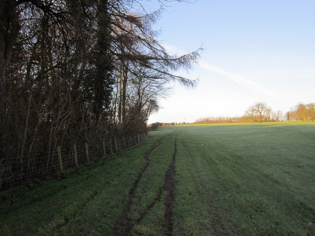 A bridleway leading to Becca Home Farm