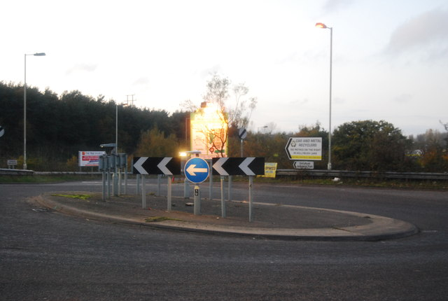 Roundabout, Hollybush Lane