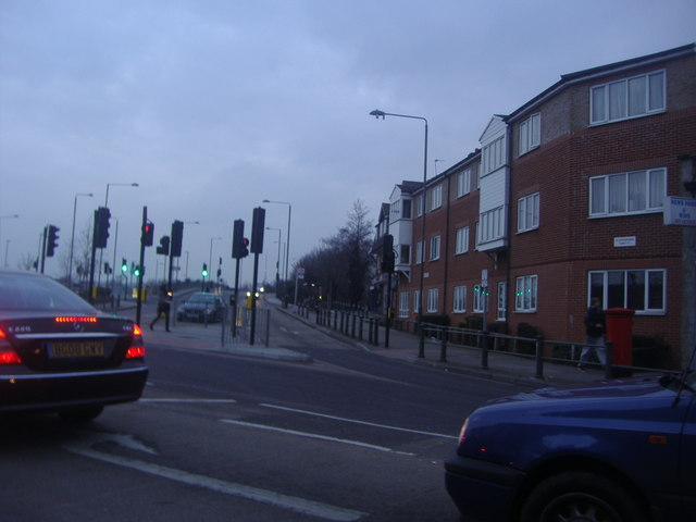 Junction of Croydon Road and Elmers End Road