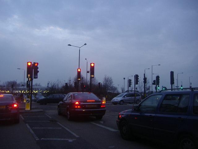 Traffic lights on Croydon Road, Elmers End