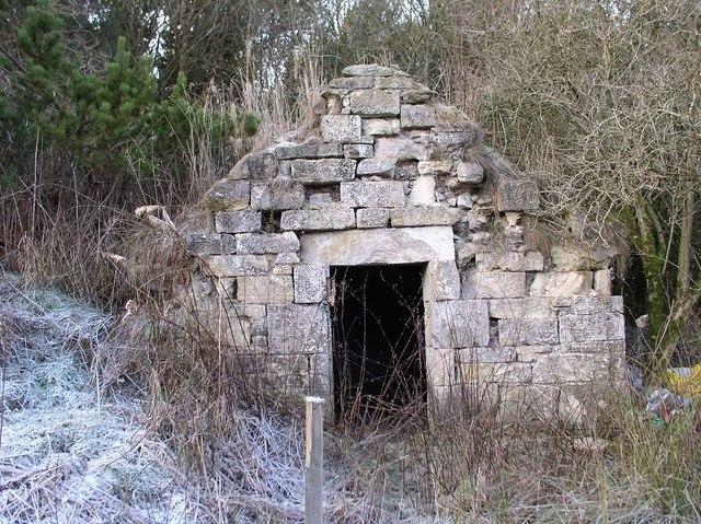 Shewington curling pond shelter