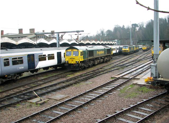 Freightliner locomotives at Ipswich railway station