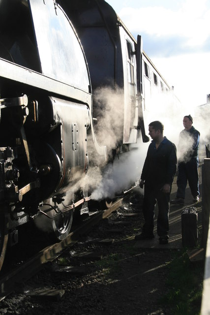 Preparing to uncouple - Loughborough Station
