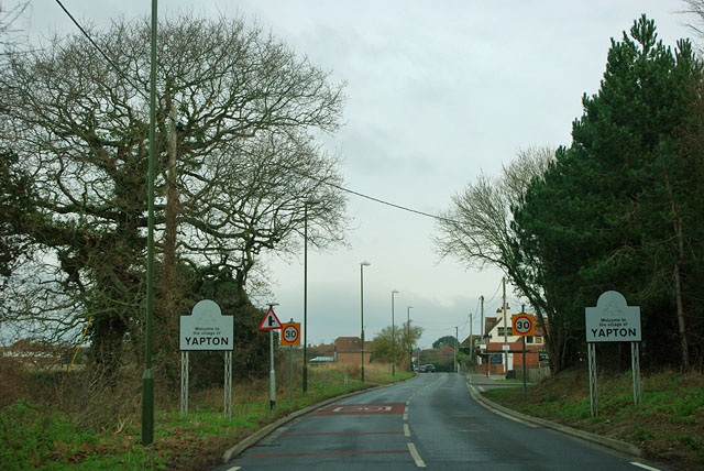 Bilsham Road enters Yapton
