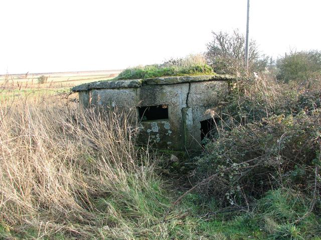 Dilapidated WWI pillbox, Shingle Street