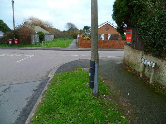The crossing of Grafton Road by Grove Road in Selsey