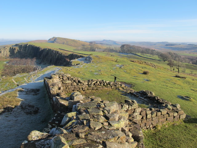Turret 45a (Walltown) and Hadrian's Wall west of Walltown Farm