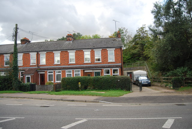 Houses on Station Rd