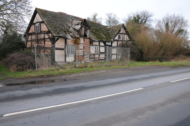 Ruinous cottage at Willersley