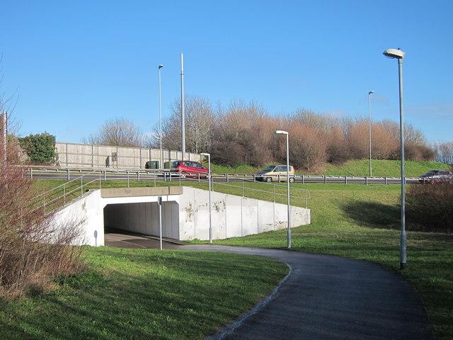 Footpath under Cross Levels Way