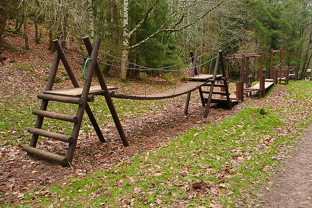 Climbing frame in Hats Wood
