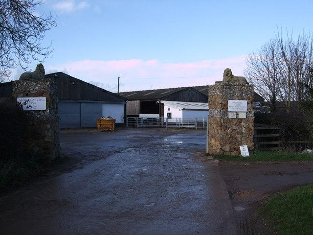 Entrance to Snap Farm