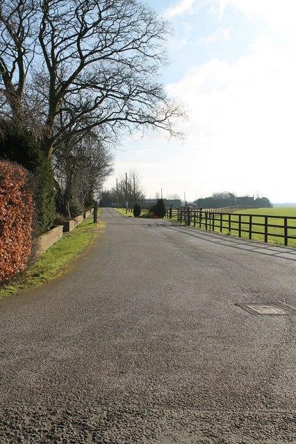 Track to Barff Farm, near Glentham