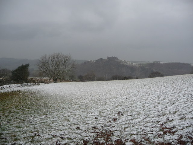 View towards Carreg Cennen Castle from part of the Beacons Way