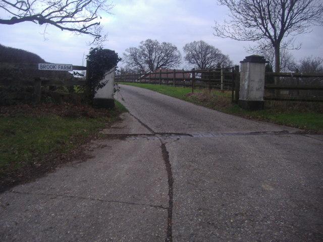 Entrance to Brook Farm, Shellwood Cross