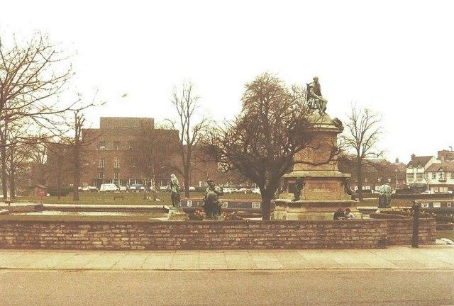 Gower Memorial, Stratford-Upon-Avon in 1984