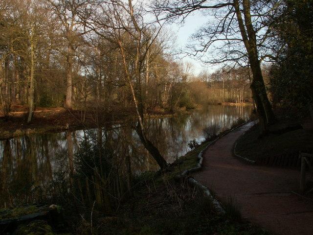 Lower Lake southside footpath
