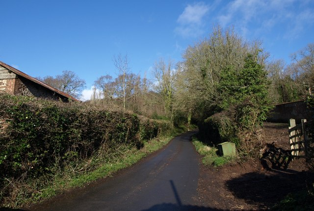 Lane at Tracey