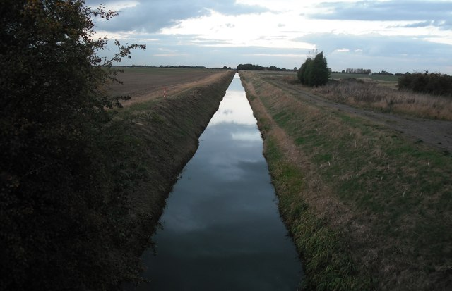 Drain heading North West from New South Eau