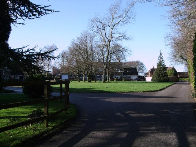 Houses, Upper Upham