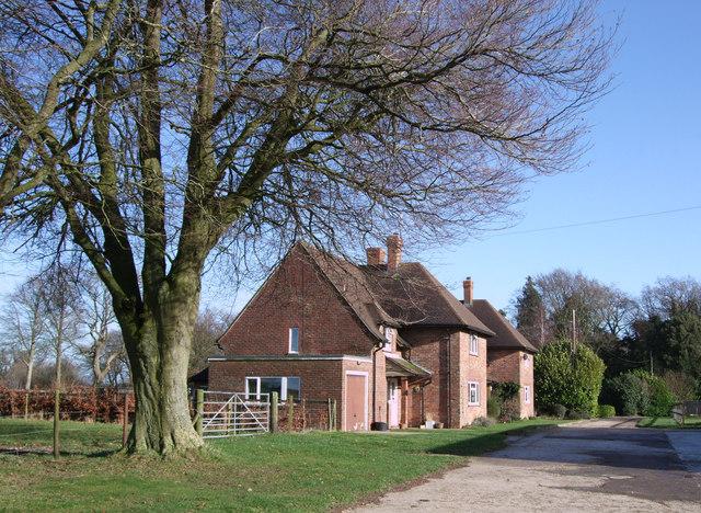 Modern houses, Upper Upham