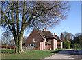SU2277 : Modern houses, Upper Upham by Vieve Forward
