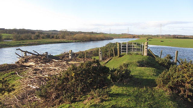 Flood debris and the Clyde Walkway