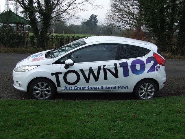 Town 102 FM
