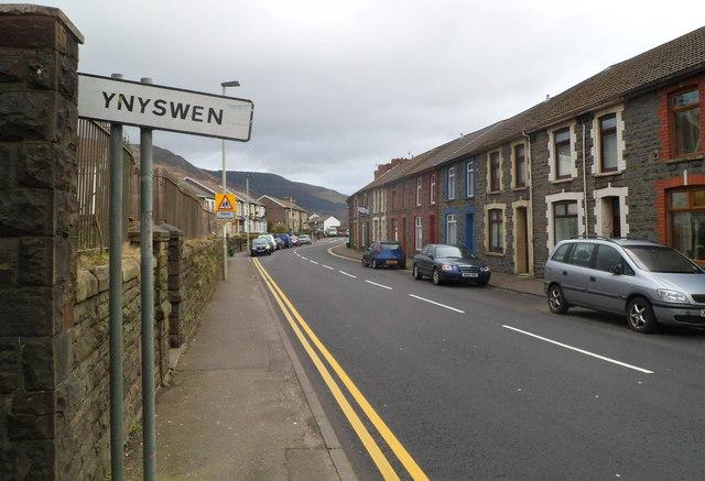 Western boundary of Ynyswen