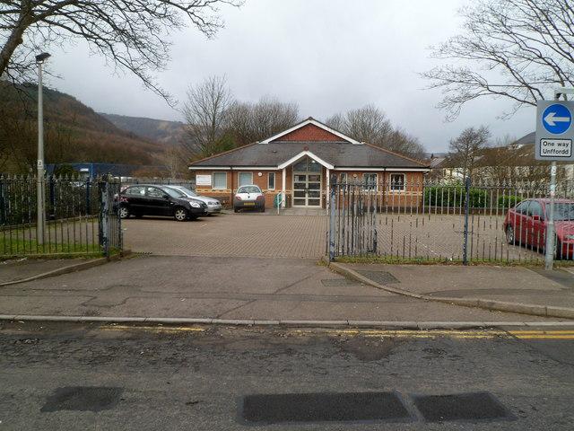 Entrance to Ynyswen Clinic