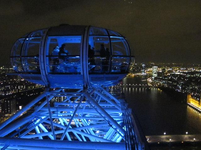 London Eye by night - capsule at top